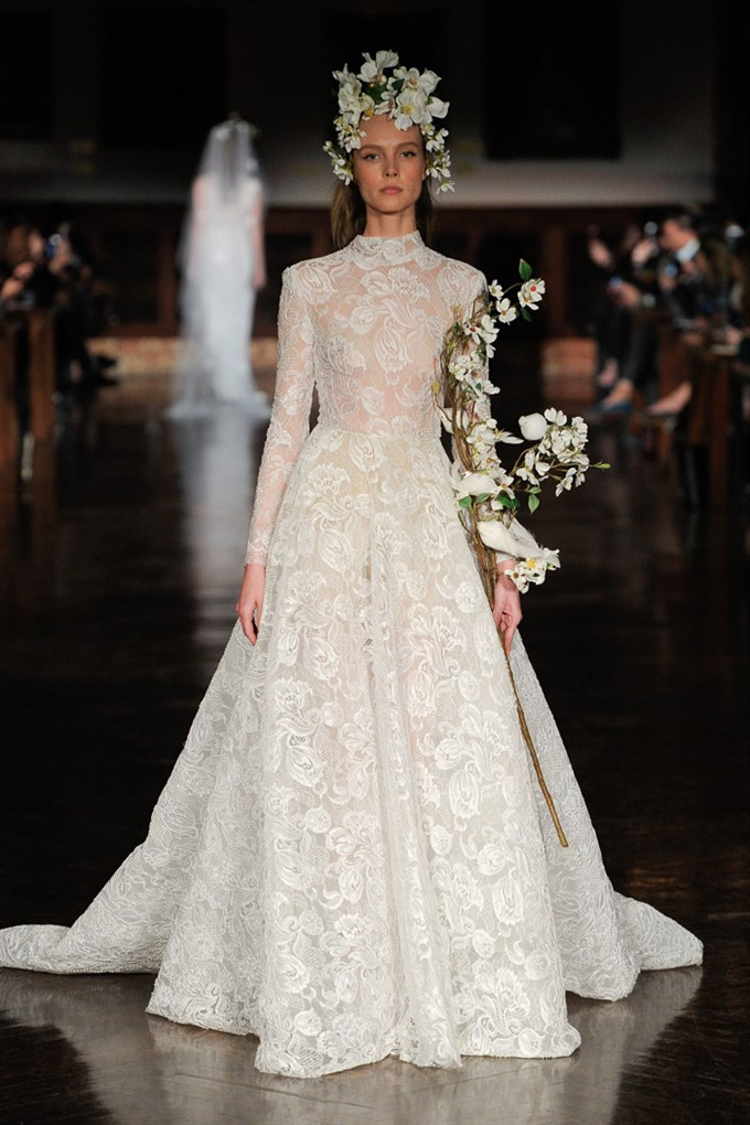 The Bride's Diary | Bridal Fashion Trends For Spring 2019 | Reem Acra Long-sleeved Gown