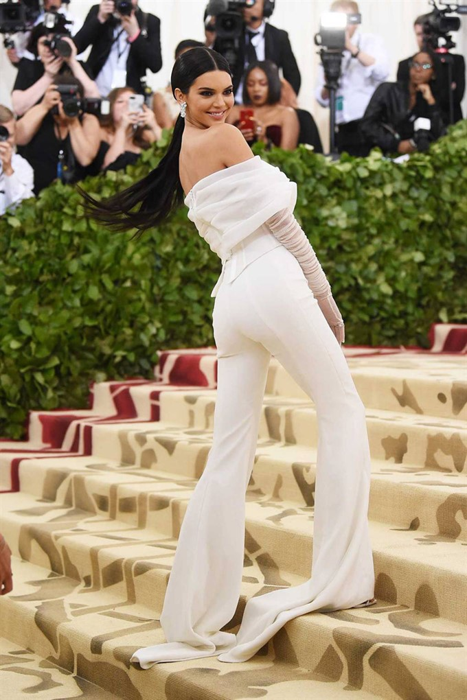 The Bride's Diary | Heavenly Couture: Met Gala 2018 | Kendall Jenner