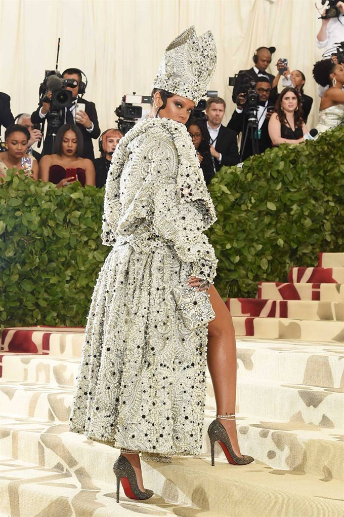 The Bride's Diary | Heavenly Couture: Met Gala 2018 | Rihanna