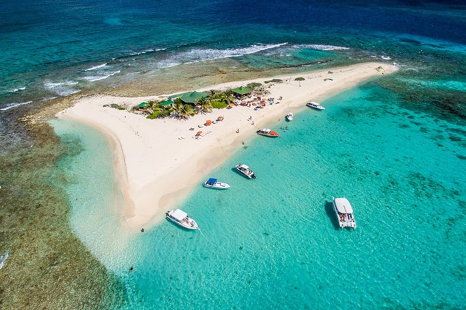 3. Sandy Island - Sandy Ground, Anguilla