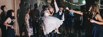 10 Romantic Traditions To Include In Your Wedding