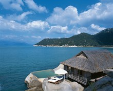 Sexiest Bedroom Winner: Six Senses Nin Vanh Bay, Vietnam