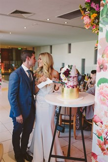 Beck Rocchi Photography | Melbourne Wedding | Cake Cutting