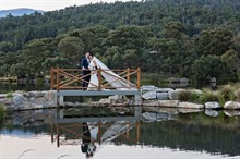 Lake Crackenback Resort | Lauren Paterson Photography | Bride And Groom On A Bridge