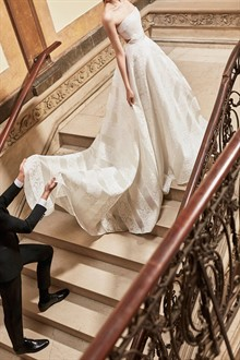 Carolina Herrera Bridal Spring 2019 Collection