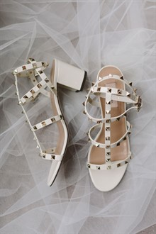 Beck Rocchi Photography | Melbourne Wedding | Valentino Wedding Shoe