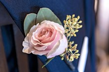 Lake Crackenback Resort | Lauren Paterson Photography | Buttonhole