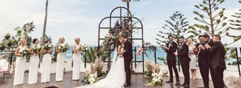 Real Wedding: Laura & Josh's Romantic Beachfront Wollongong Wedding