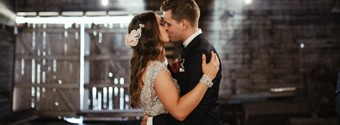 Real Wedding: Anna & Murray's Intimate & Rustic Victorian Wedding