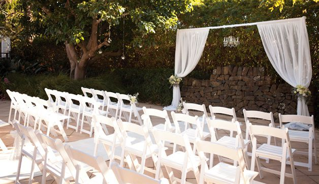 If You Are Dreaming Of A Stylish And Romantic Wedding In Stunning Gardens With Views From The Mountains To Sea Mercure Gerringong Is Ideal