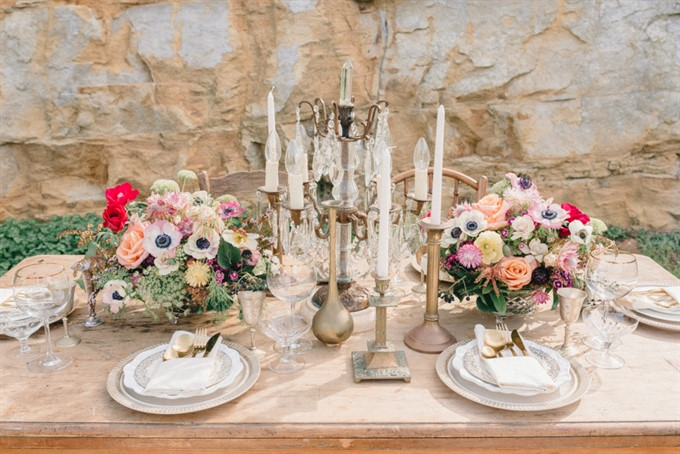 Vintage Patina's Bohemian Glam Styled Shoot - Table Flowers