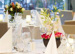 Your Wedding At The Summit - Mount Lofty