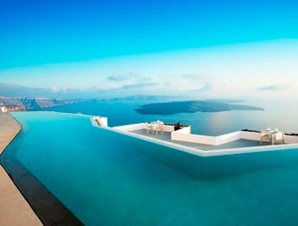 Honeymoon Destination Ideas: 10 Best Infinity Pools In The World