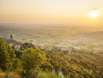 Romantic Honeymoons in Tuscany, Italy