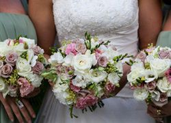 Stunning Floral Designs From Manuka Flowers