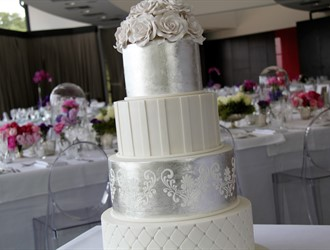 Delicious Cakes From Edible Elegance
