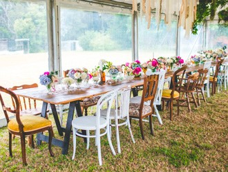 How To Style A Rustic Themed Wedding?