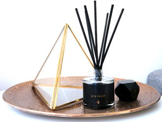 Black Oil Reed Diffuser by TÄNDA Modern