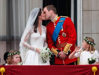 Royal Traditions To Look Out For At Prince Harry & Meghan Markle's Wedding