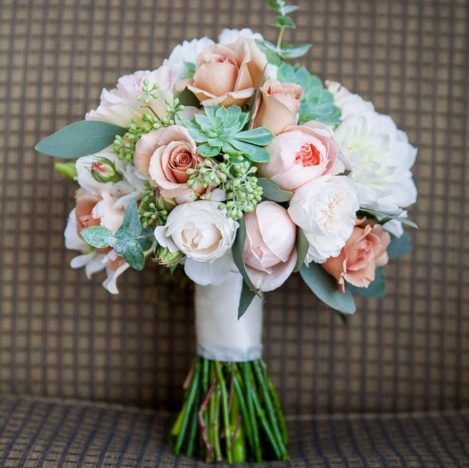 Wedding Flowers Reviews: Flowers For Everyone