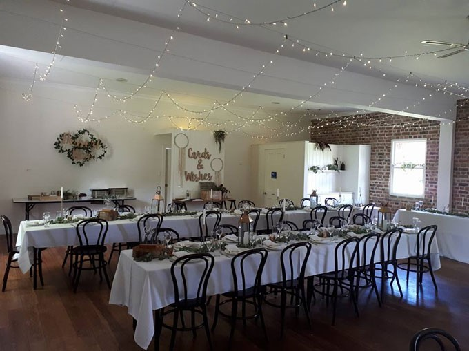 Campbelltown Chair And Party Hire | Decorations