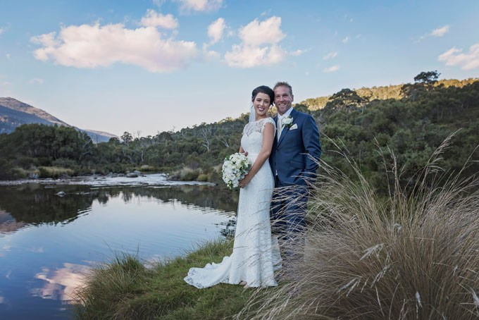 Lake Crackenback Resort | Lauren Paterson Photography | Bride & Groom