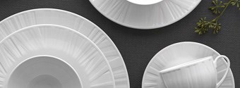 Wedgwood's Vera Organza Dinnerware Collection By Vera Wang