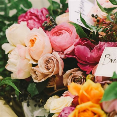 Flowers on the Mill | Florist | Bright Wedding Flowers