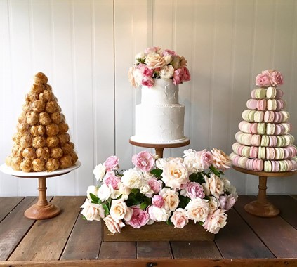 Mudgee Made | Catering | Floral Wedding Cakes