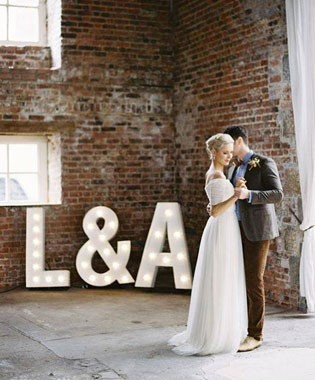 Love Letters CBR | Event Hire | Light Up Letters