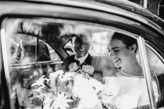 Lauren Campbell | Wedding Photographer | Wedding Transport
