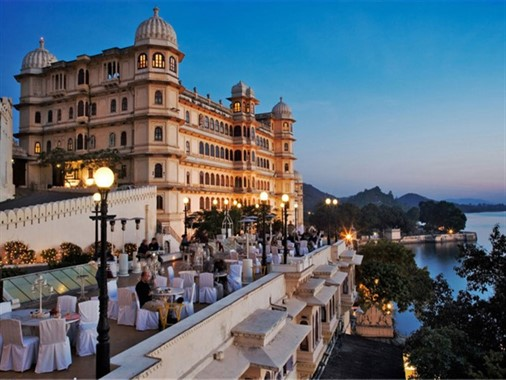 Incredible India | Honeymoon | Accommodation