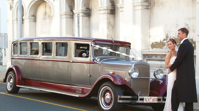 Thirties Limousines | Wedding Transport | Vintage Limousine