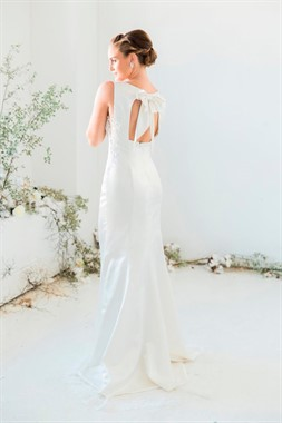 Emerald Bridal | Bridal Fashion | Bow Wedding Dress