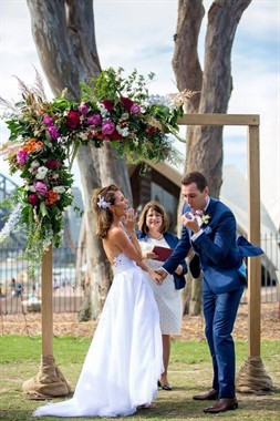 Divine Celebrancy | Celebrant | Sydney Wedding
