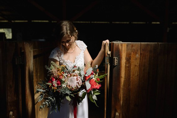 Keepsakephoto by the Keeffes | Wedding Photography | Canberra Wedding Flowers