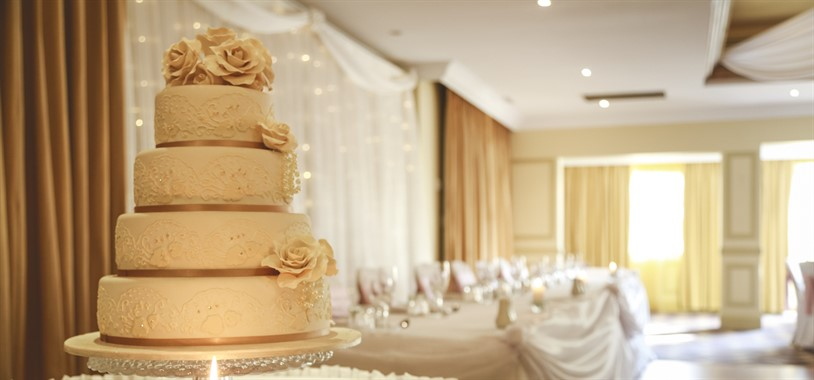 The Hills Lodge Hotel | Wedding Venue | Wedding Cake Sydney